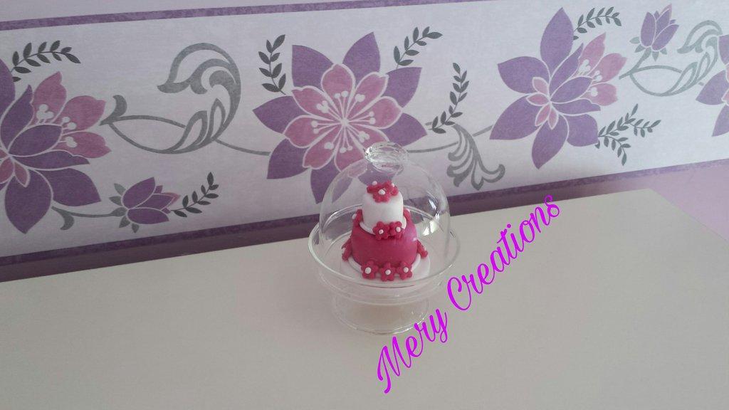 Mini cake design con alzatina in vetro, fucsia e bianco ...