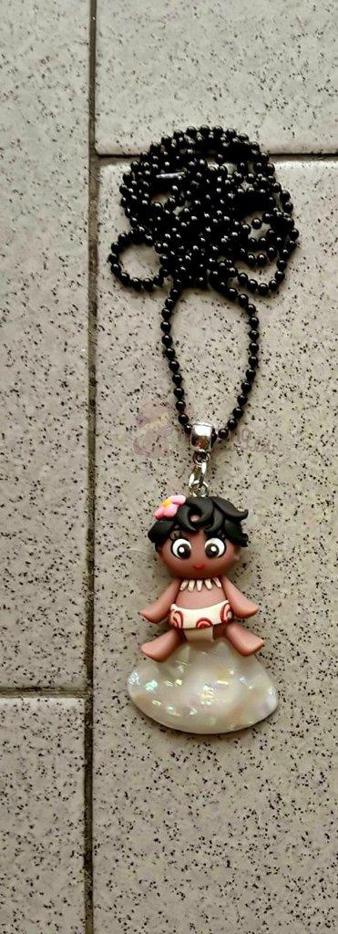 Collana con baby Vaiana fimo - Oceania