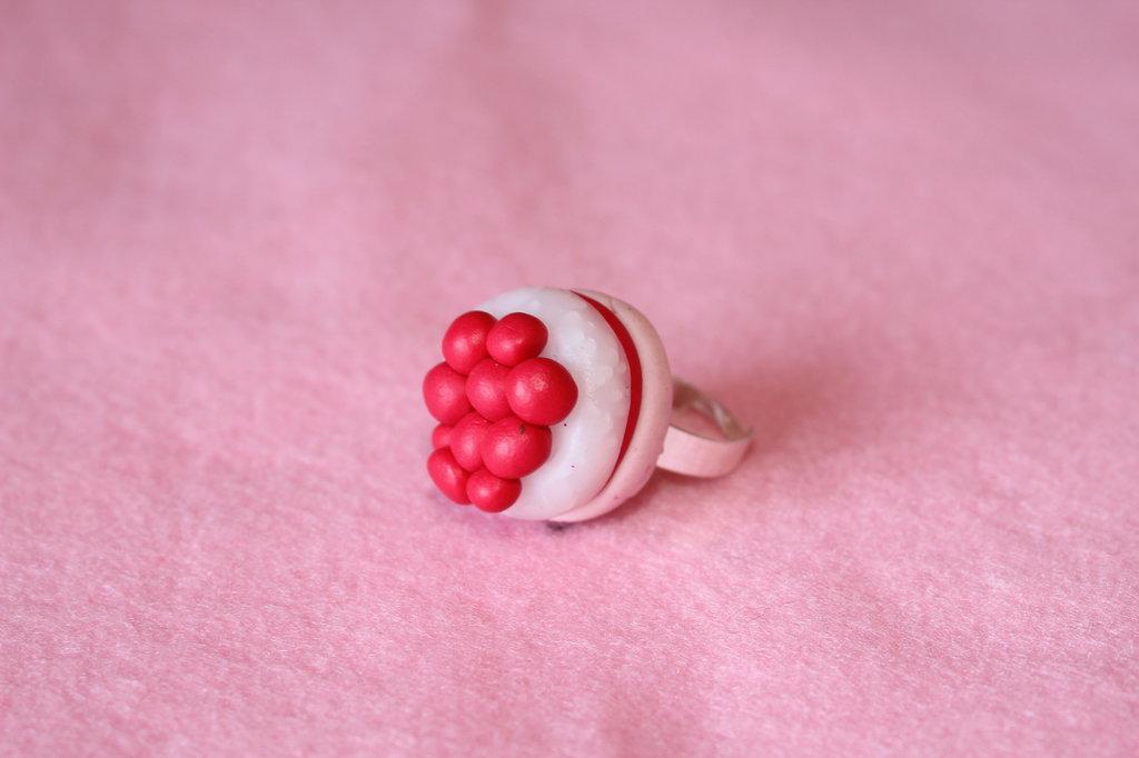anello Cheesecake con colori fantasia in fimo