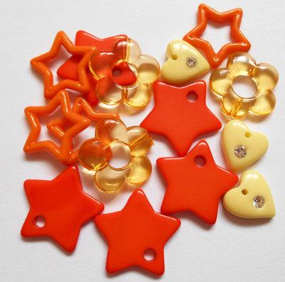 Lotto misto stelle cuori fiori acrilici 15pz