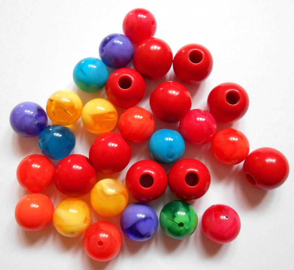 Lotto misto perle grandi in plastica 40 pz