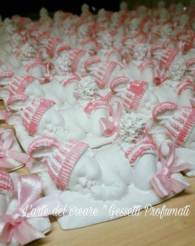 Gessetti profumati modellino bimbo bimba su cuscino segnaposto nascita battesimo bomboniera