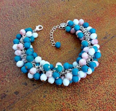 Bracciale con perle turchesi, mezzi cristalli rosa e bianchi, charm di perle, estivo, idea regalo per lei