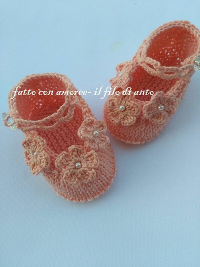 Scarpine bambina con fiorellini