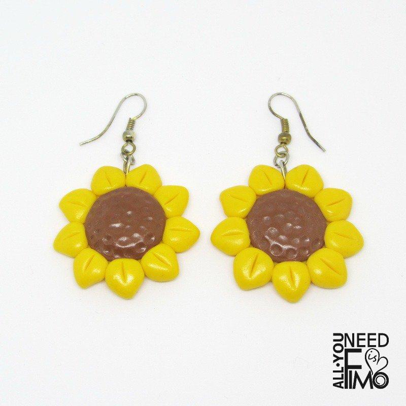 Orecchini fimo | orecchini girasoli fimo| orecchini estate | orecchini pendenti girasoli | orecchini pendenti fiori | orecchini gialli