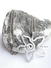 Collana Ciondolo Fiore alluminio idea regalo donna ragazza amica