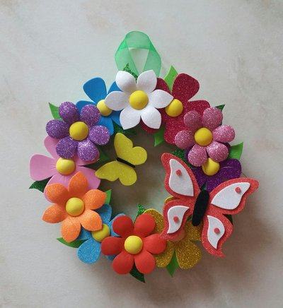 Ghirlanda fiori farfalle