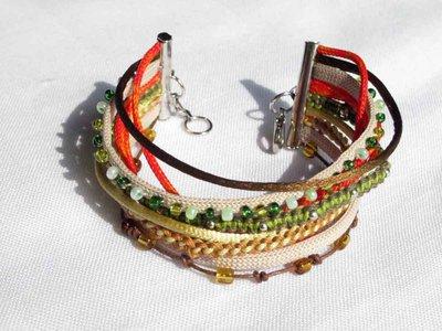 bracciale in macrame, multicolore, con perle e cordoncini - fatto a mano - FILOMENA 3