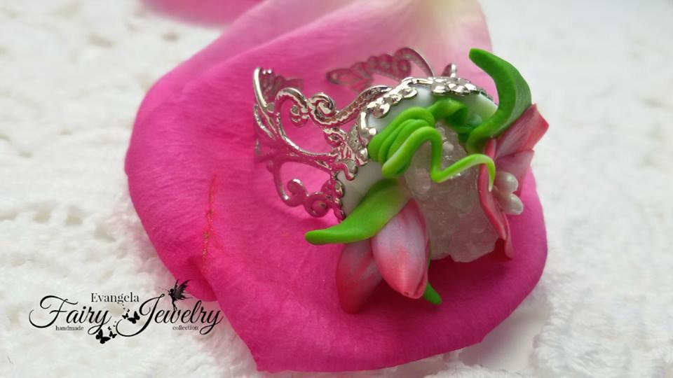 Anello geode naturale pietre dure fimo fiori bocciolo regolabile