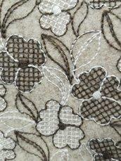 feltro di lana 30 cm x 150 cm spessore 2mm ricamato a fiori, color lana