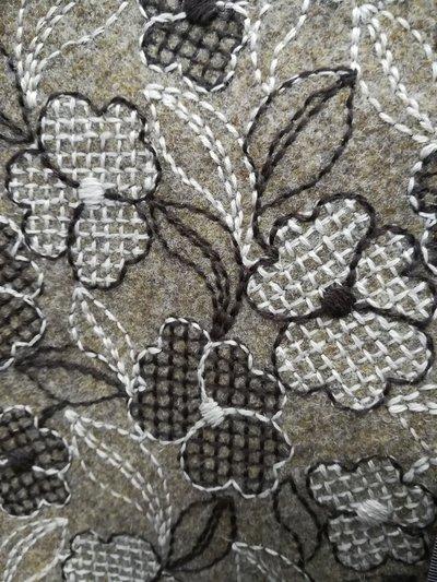 feltro di lana 30 cm x 150 cm spessore 2mm ricamato a fiori, marroncino