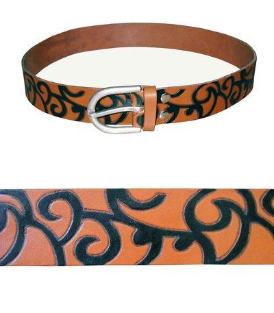 Cintura in cuoio decorata a mano