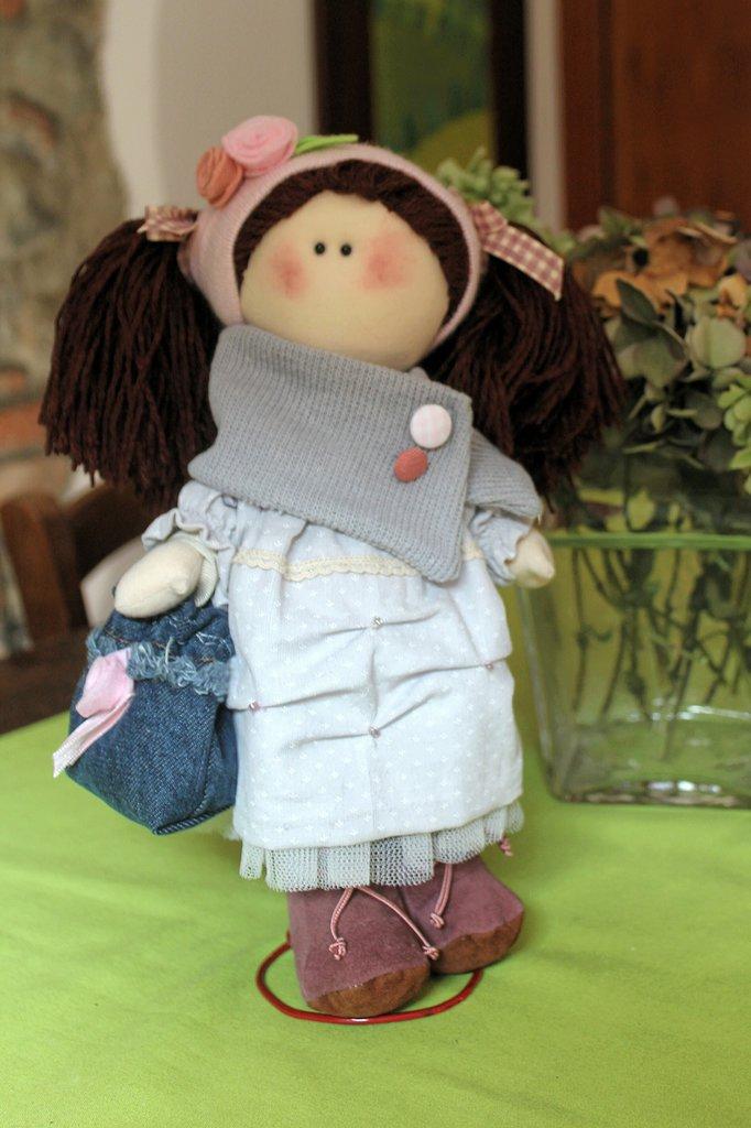 Bambola artigianale da collezione