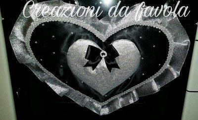 Copriforno a forma di cuore nero e argento