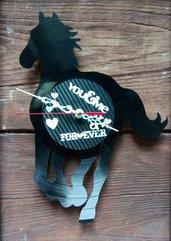 Orologio cavallo nero in vinile