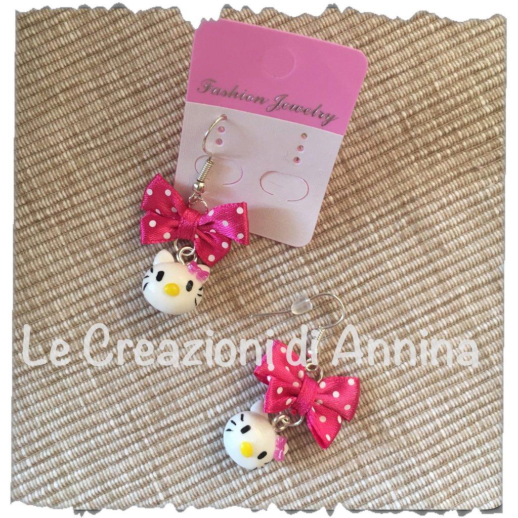Orecchini Hello Kitty realizzati a mano in pasta di mais