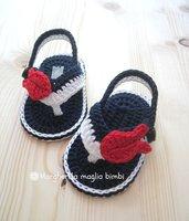 Sandali infradito bianchi/blu - pesciolino rosso - scarpine bimbo cotone uncinetto