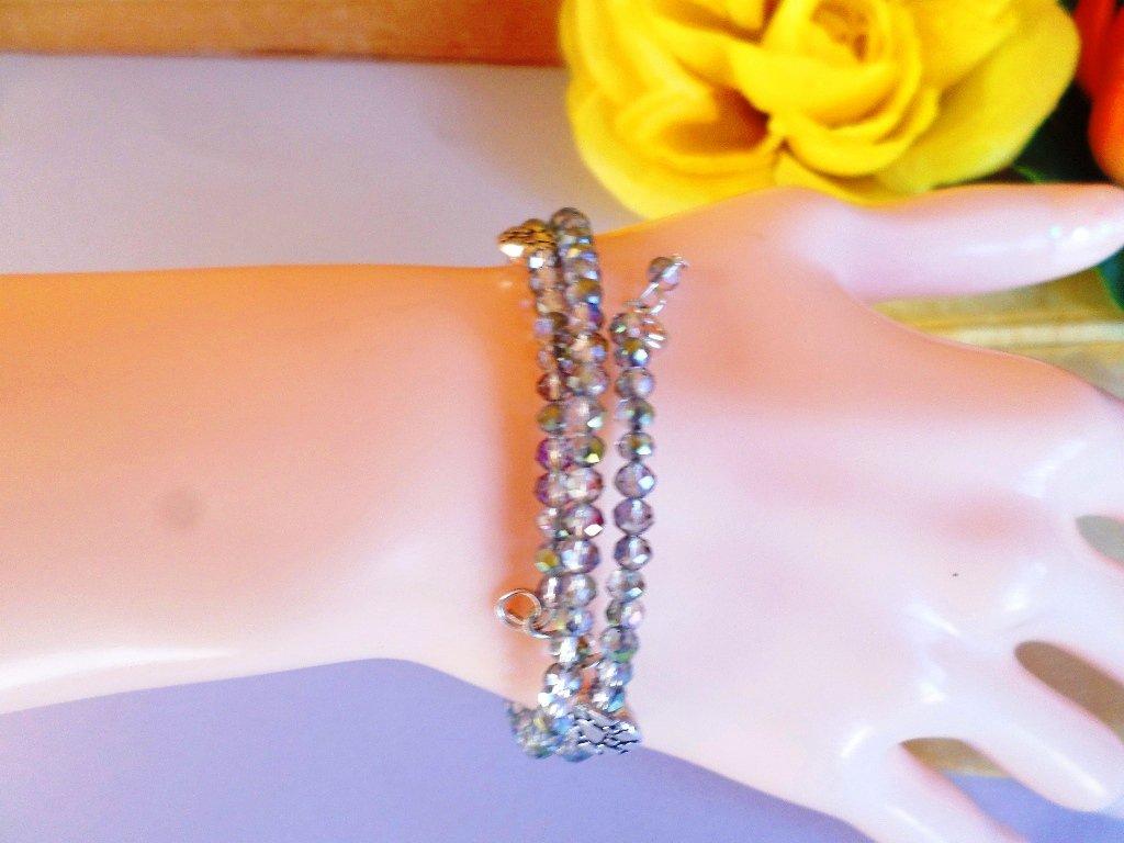 bracciale cristallo con passanti in argento tibetano con cuori stampati