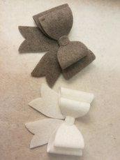 Set 2 Fiocchi già assemblati in feltro di lana o altri materiali