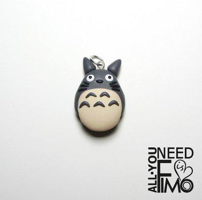 Ciondolo totoro|ciondolo studio ghibli ispirato|ciondolo fimo|ciondolo miyazaki|il mio vicino totoro|ciondolo anime|idea regalo otaku