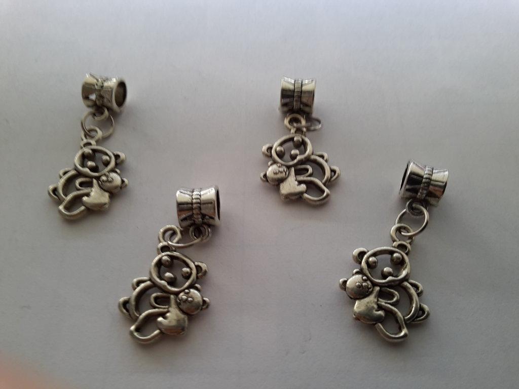 4 charms ciondoli 'Famiglia Orsetti' con passante in argento tibetano