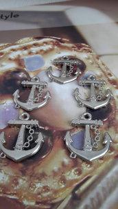 5 charms ciondoli 'Ancora mare' da uomo colore argento.
