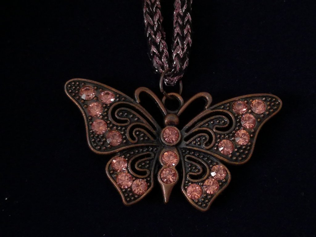 Ciondolo rosso rame farfalla nichel free
