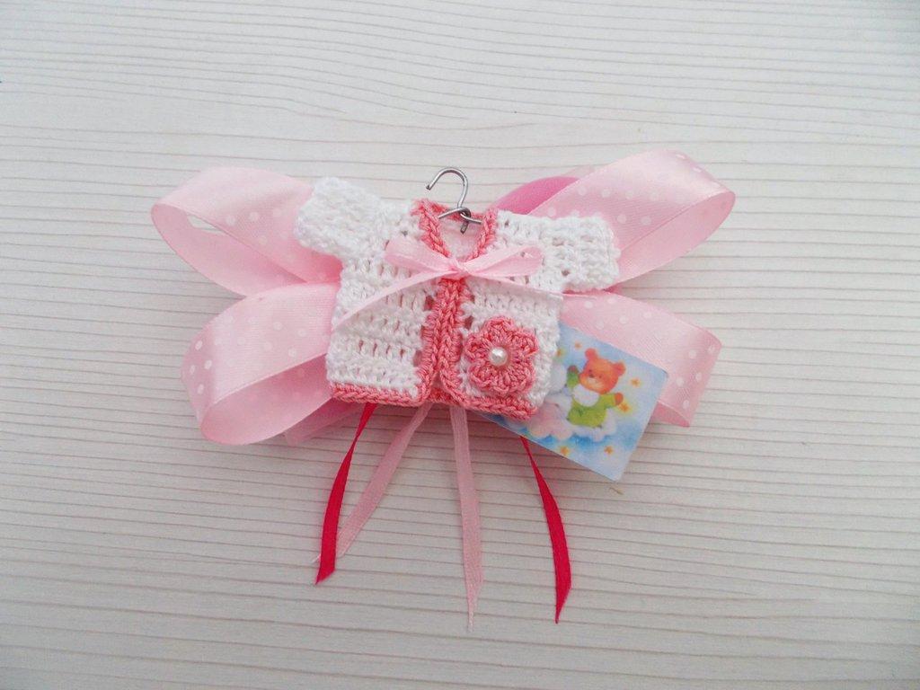 Bomboniera nascita - Battesimo - primo compleanno mini giacca uncinetto per bimba.