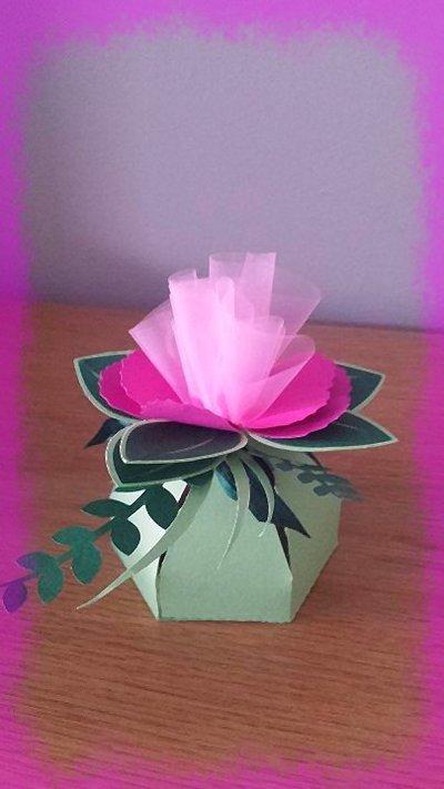 bomboniera scatolina fiore
