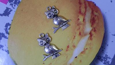 2 charms ciondoli 'Gufo' in argento tibetano