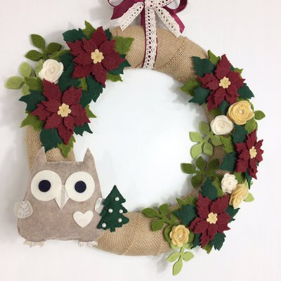 Ghirlanda natalizia con stelle di natale e gufo che porta - Ghirlanda di natale per porta ...