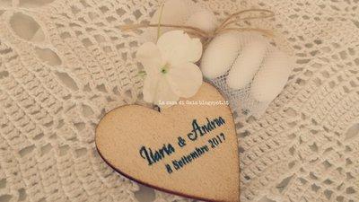 Cuore in legno con magnete personalizzato con nomi degli for Gaia case in legno
