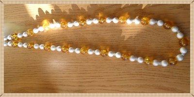 Collana lunga perle bianche e ambra