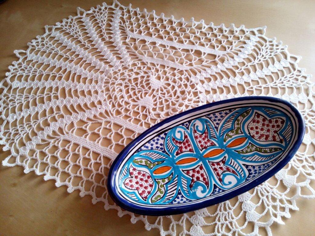 centrino ovale all'uncinetto centro tavola in puro cotone