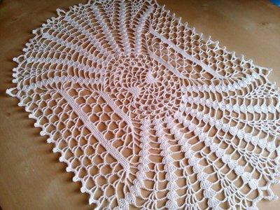 Centrino ovale all 39 uncinetto centro tavola in puro cotone - Centro tavolo all uncinetto ...
