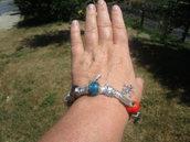Bracciale con inserti in argento tibetano e vetro
