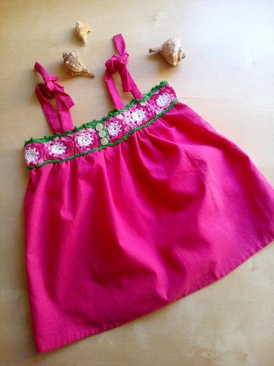 camicetta abito prendisole estate per bambina con sprone ad uncinetto e gonna in cotone