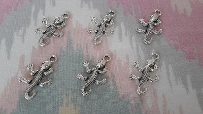 6 CHARMS CIONDOLI rettile IGUANA argento tibetano