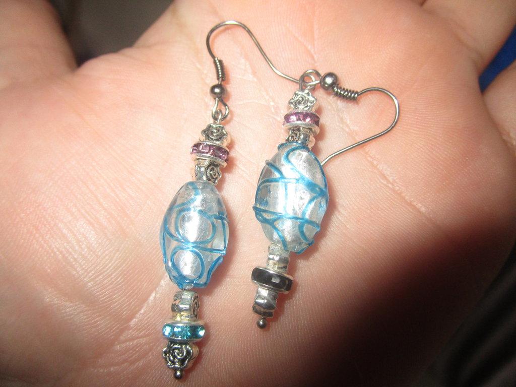 ecco orecchini Lampwork azzurri!