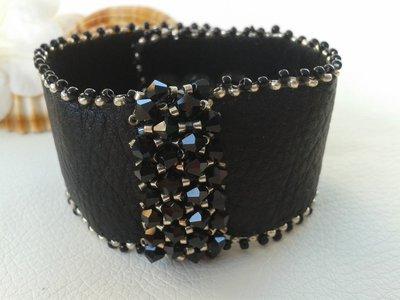 Bracciale di cuoio nero con Swarovski