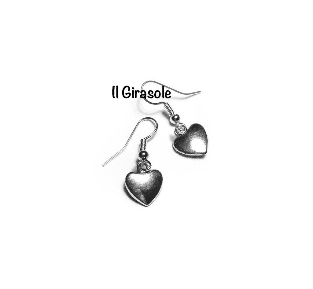 Orecchini cuore in argento tibetano pendenti