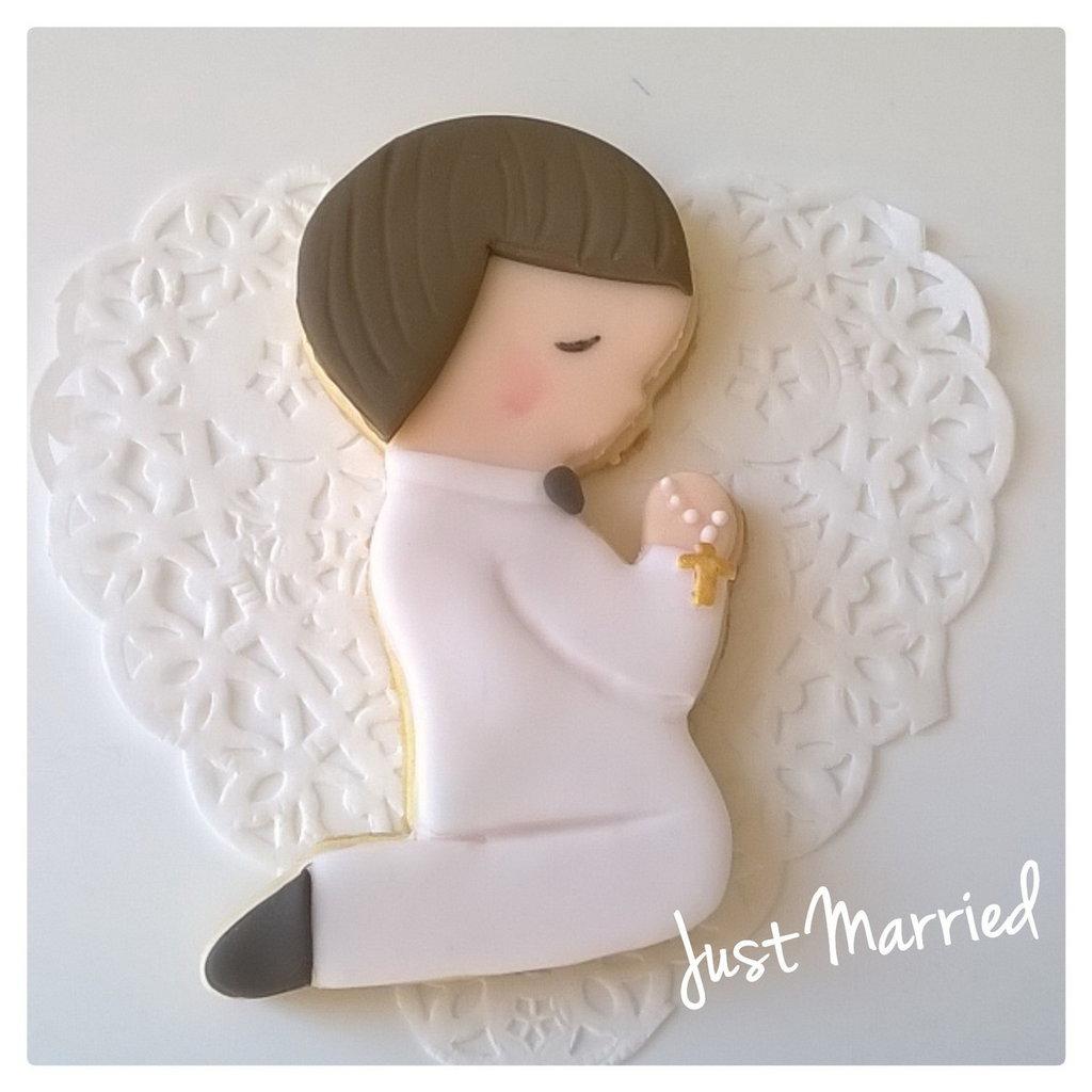biscotto decorato, bambino in preghiera, prima comunione, ricordo della prima comunione