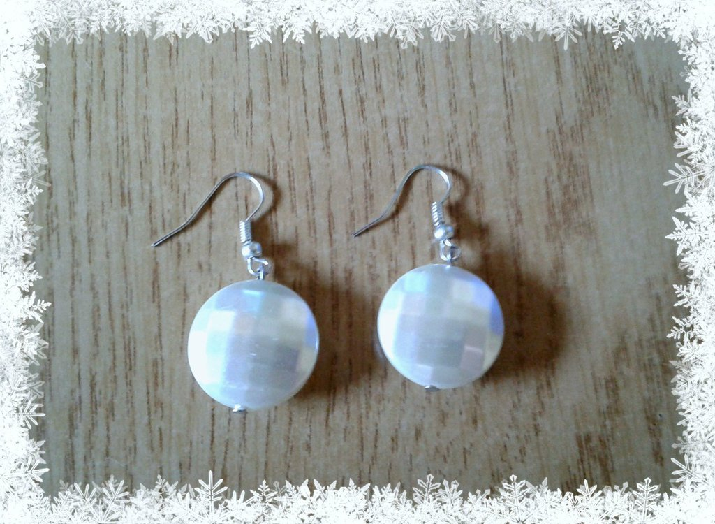 Orecchini perla tonda bianca
