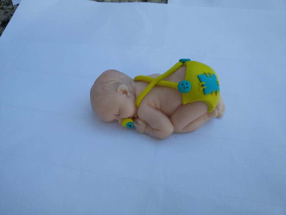 Bimbo in fimo bomboniera segnaposto battesimo nascita