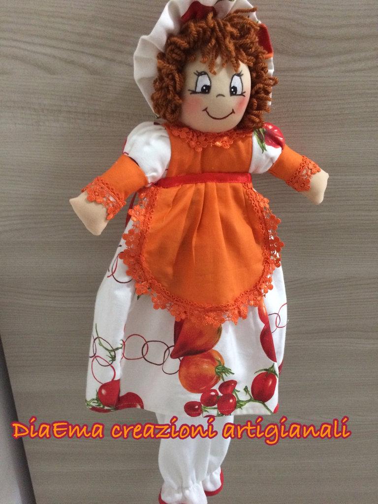 Bambola porta sacchetti