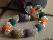 Collana perle di feltro e filo di ferro