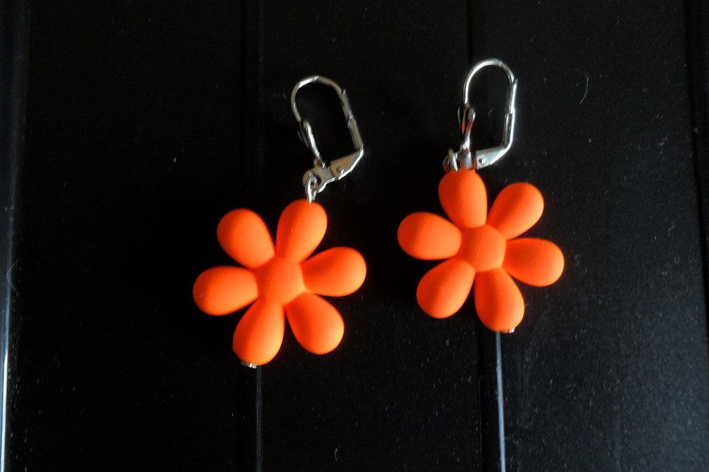 Orecchini bambina fiore arancione