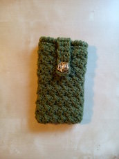 Custodia porta cellulare ad uncinetto in lana con lurex oro e bottoncino vintage bustina smartphone