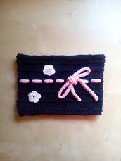 scaldacollo lana bambina fatto a mano a uncinetto blu e rosa con fiori crochet e nastro con fiocco stile elegante romantico
