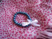 Bracciale con perline blu e fiocchetto